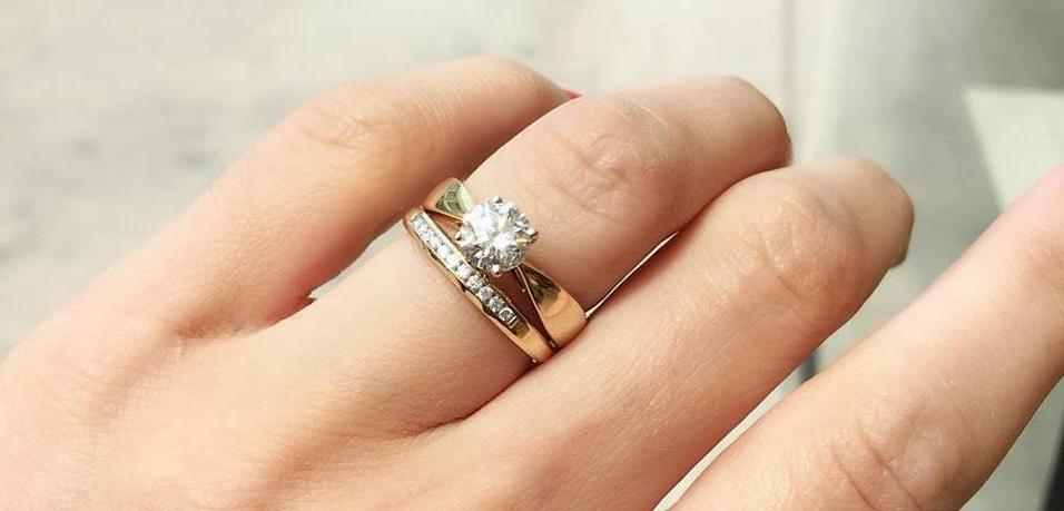 Charm Diamonds Online